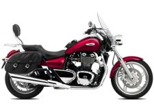 Rebnt a Triumph Thundwerbird cruiser from RoadTrip - Woking, Surrey, UK +44 (0)1483 662 135